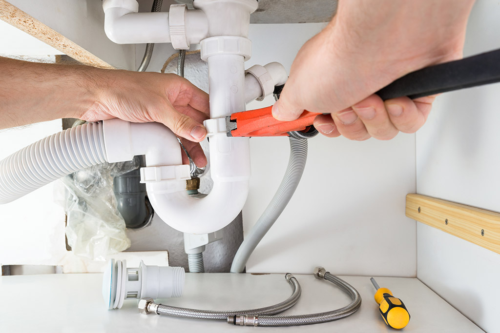 Are You Making These Lahaina Plumbing Technician Errors